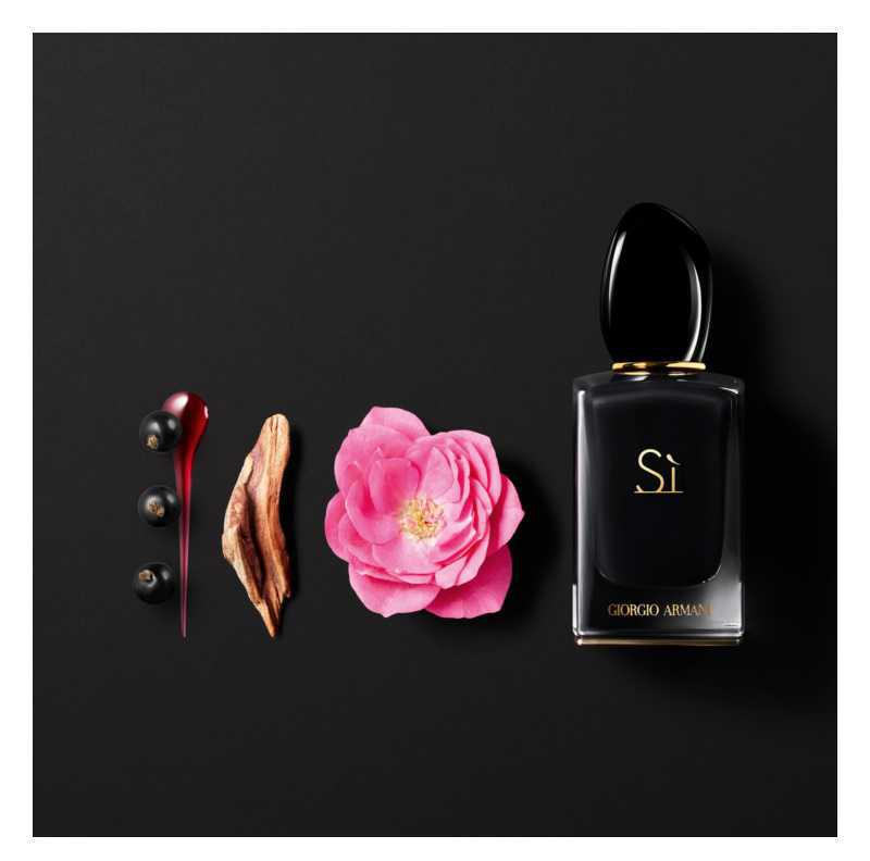 Armani Sì Intense women's perfumes